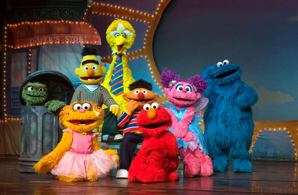 Catch Sesame Street Live: Let's Dance it's not here long!